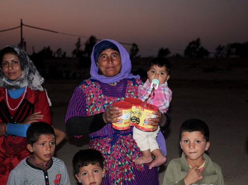 soutien aux familles syriennes réfugiées à Azraq